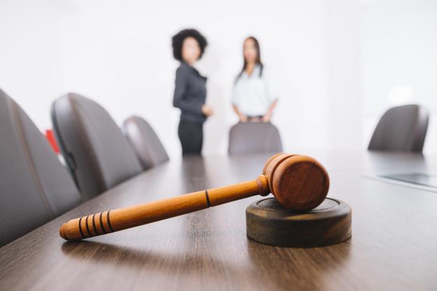Quels sont les causes et effets de la dissolution d'une entreprise?